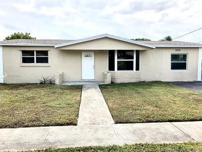 Lauderdale Lakes Single Family Home For Sale: 3590 NW 42nd St