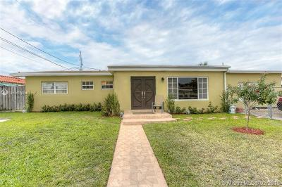 Hialeah Single Family Home For Sale: 11600 NW 57th Ct