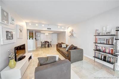 Miami Beach Condo For Sale: 650 West Ave #606