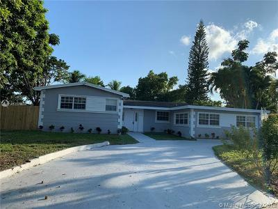 North Miami Beach Single Family Home For Sale: 410 NE 180th Dr