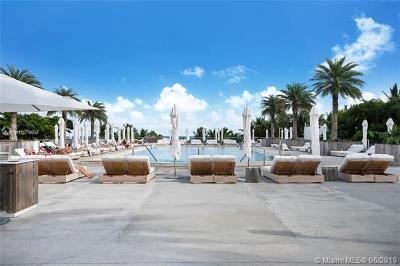 Miami Beach Condo For Sale: 2301 Collins Ave #522