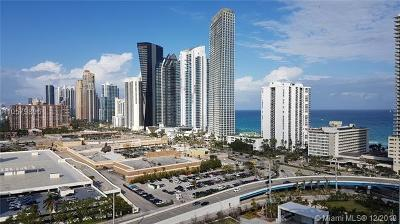 St Tropez On The Bay Iii, St Tropez/Bay 03 Condo, St Tropez/Bay Iii Condo For Sale: 250 Sunny Isles Blvd #3-PH1