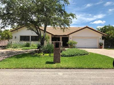 Miami Single Family Home For Sale: 11371 SW 27th St