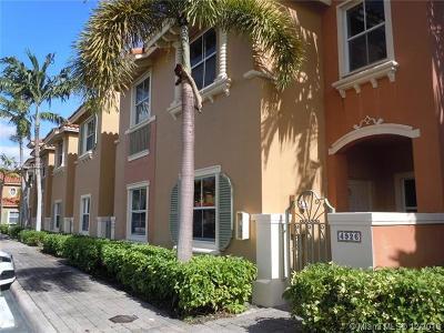 Dania Beach Condo For Sale: 4926 White Mangrove Way E #4926