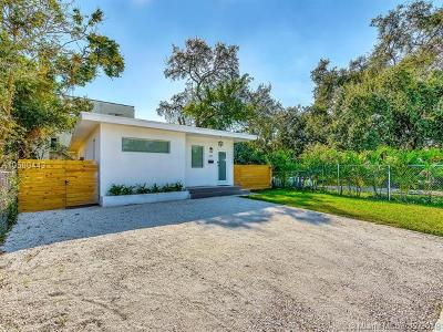 Miami Single Family Home For Sale: 220 NW 47th St