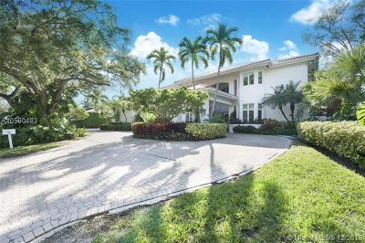 Coral Gables Single Family Home For Sale: 640 Destacada Ave
