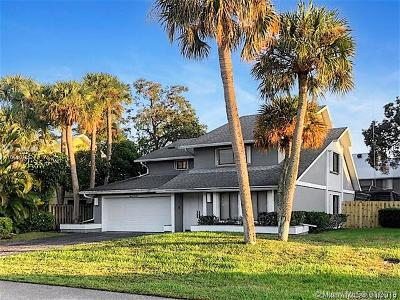 Palm Beach Gardens Single Family Home For Sale: 1114 Rainwood Cir W