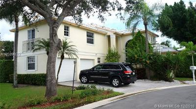 Pembroke Pines Single Family Home For Sale: 15281 Wilshire Ct