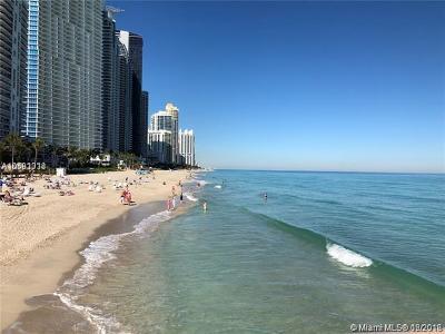 Sunny Isles Beach Condo For Sale: 16909 N Bay Rd #817