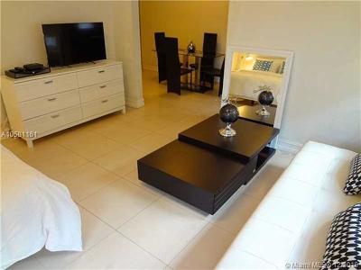 Miami Beach Condo For Sale: 500 14 #200