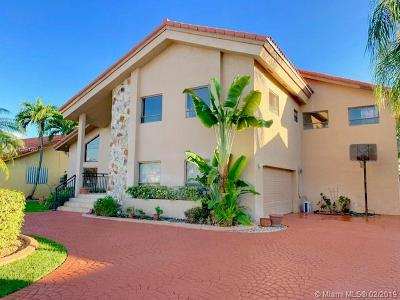 Miami Single Family Home For Sale: 14260 SW 36th St