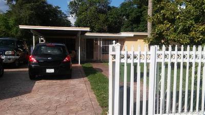 North Miami Single Family Home For Sale: 831 NE 139th St
