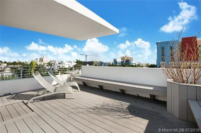 Miami Beach Condo For Sale: 421 Meridian Ave #15