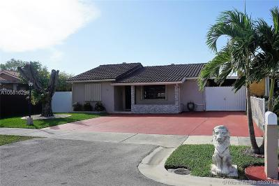 Miami Single Family Home For Sale: 2222 SW 137th Pl