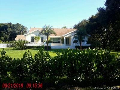 Single Family Home For Sale: 13675 SW 24th St