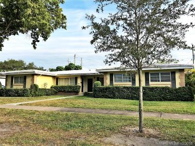 Coral Gables Multi Family Home For Sale: 926 Benevento Ave