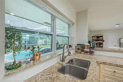 Boca Raton Single Family Home For Sale: 758 W Camino Real