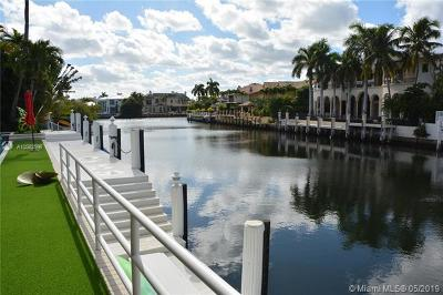 Boca Raton Single Family Home For Sale: 5053 Blue Heron Way
