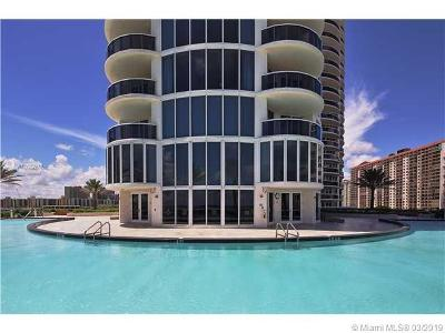 Sunny Isles Beach Condo For Sale: 17201 Collins Ave #2005