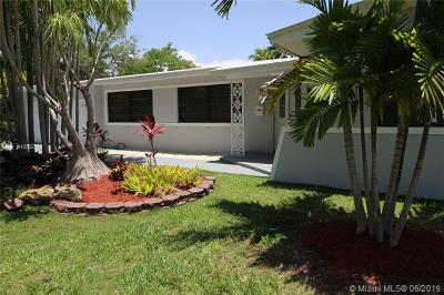 Pinecrest Single Family Home For Sale: 8265 SW 133rd St