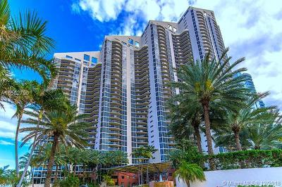 The Pinnacle, The Pinnacle Condo, Pinnacle, Pinnacle Condo, Pinnacle Condominium Rental For Rent: 17555 Collins Ave #404
