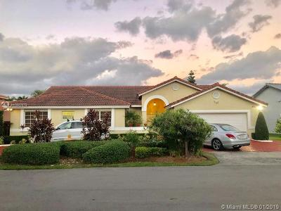 Miami Single Family Home For Sale: 15131 SW 46th Ter