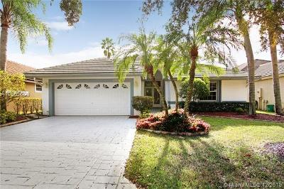 Coral Springs Single Family Home For Sale: 11728 Highland Place