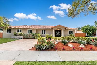 Miami Springs Single Family Home For Sale: 580 La Villa Dr