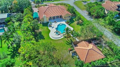 Miami Single Family Home For Sale: 10895 SW 91st St