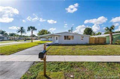 Oakland Park Single Family Home For Sale: 170 NE 60th St