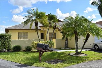 Miami Single Family Home For Sale: 5025 SW 151 Pl