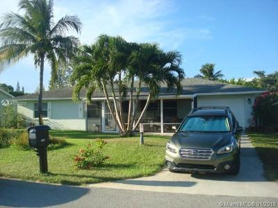 Lake Worth Single Family Home For Sale: 3297 Vagabond Rd