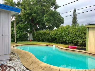Broward County Single Family Home For Sale: 8531 NW 25th St
