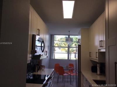 Sunny Isles Beach Condo For Sale: 301 174th St #L03