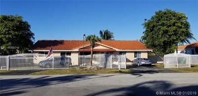 Miami Single Family Home For Sale: 10965 SW 26th St