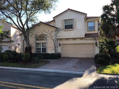 Pembroke Pines Single Family Home For Sale: 2120 NW 75th Way