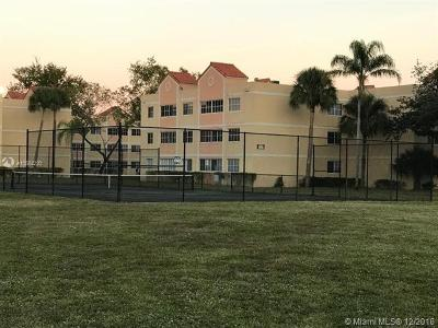 Hialeah Condo For Sale: 6195 NW 186th St #202