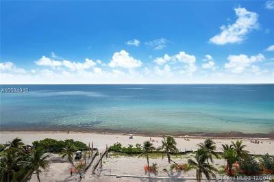 Miami Beach Condo For Sale: 5445 Collins Ave #732