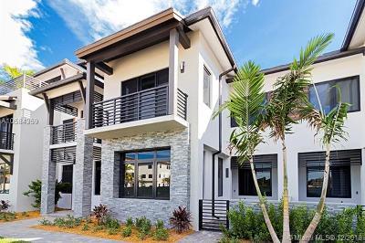 Doral Condo For Sale: 8432 NW 51 Terrace