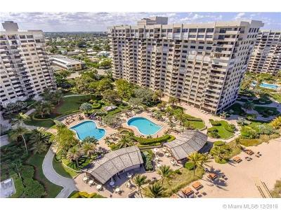 Lauderdale By The Sea Condo For Sale: 5000 N Ocean Blvd #812