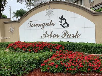 Homestead Single Family Home For Sale: 2370 SE 21st St