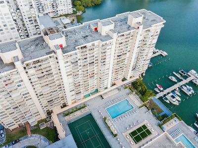 Aventura Condo For Sale: 18051 Biscayne Blvd #1401