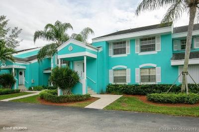 Miami-Dade County Condo For Sale: 2640 SE 20th Ct #207-C