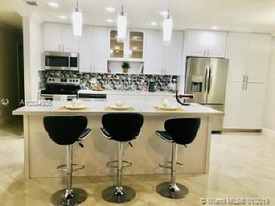 Lauderhill Single Family Home For Sale: 7465 NW 47th Pl