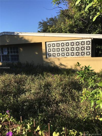 Miami-Dade County Single Family Home For Sale: 1475 NW 67th St