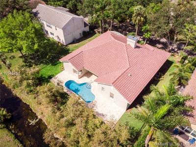 Coral Springs Single Family Home For Sale: 3799 Lancewood Dr