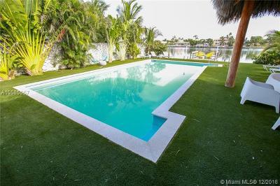 Miami Beach Single Family Home For Sale: 641 86th St