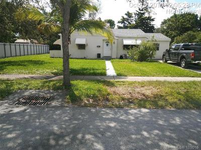North Miami Single Family Home For Sale: 1560 NE 140th St