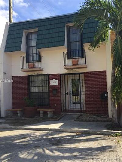 North Miami Condo For Sale: 13515 NE 24th Pl #13515