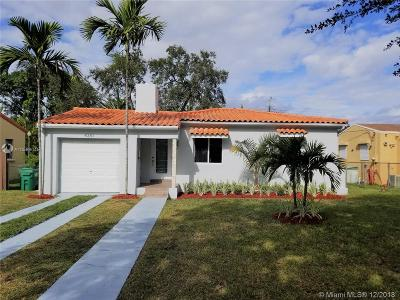 Miami Single Family Home For Sale: 4351 SW 15th St